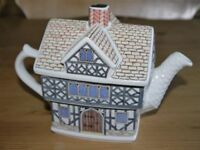 Sadler Classic Collection Teapot