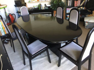 Solid black oak dining table w/6 chairs