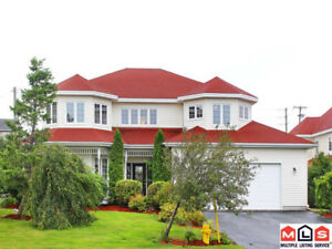 NEW PRICE! Executive Home, Great Value in King William Estates