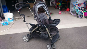 Poussette double Graco sit and stand