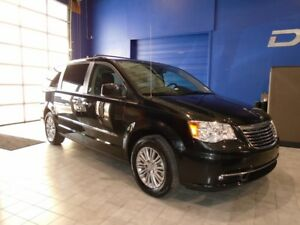 2016 Chrysler Town & Country L W/LEATHER, DVD