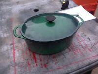 Casserole dish / pan large