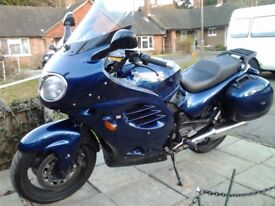 Triumph Trophy 900 in great condition . Blue and White panels(full set of each)