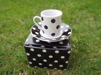 Black and White Spotty Espresso Cups