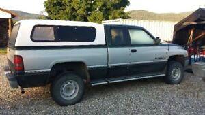 1997 Dodge Power Ram 1500 Pickup Truck extended cab