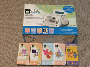 Cricut Create with 5 Cartriages