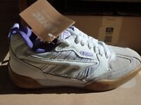 Hi-Tec Ladies Squash shoes, size 5, new.