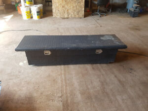 1/2 ton low profile tool box