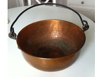 Copper cooking pot; large round, old (antique?) with iron handle