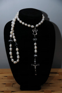 Freshwater pearl with black+white swirl bead Rosary