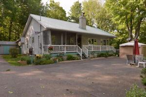 Maison de plain-pied St-Louis MLS : 27593822