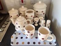 Kitchen Storage/Crockery Set