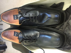 New in Box Bos Wise Guy Men's Shoes, Size 8