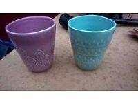 2 ceramic cups