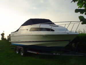 Gently Used 1996 2252 Bayliner Ciera