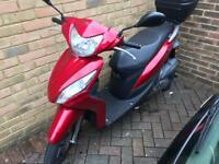 Honda Vision scooter moped 49cc
