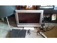 toshiba 23 inch lcd freeview tv