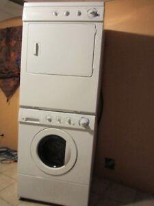 Laveuse/Washer Frontale Frigidaire et Secheuse/Dryer