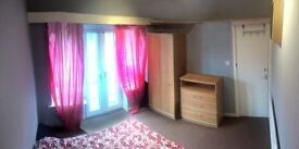Bright Double Bedroom in Great Location All Bills Included / NO AGENCY