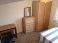 EXTRA LARGE ROOM IN NEWLY BUILT HOUSE AT MORTHAM ST.