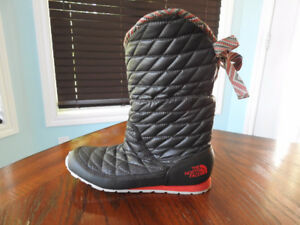 Never Worn The North Face Winter Boots For Sale