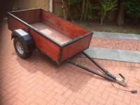 Box trailer with hinged tailgate