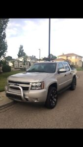 Chevrolet Avalanche LOADED