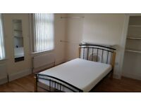 Student Double Room – (2 bed property) share with one other – bills incl. off London Rd