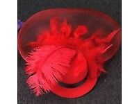 Red Feather Top Hat Organza Net Veil Hair Alligator Clip Fascinator