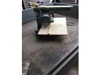 Dewalt Pullover electric saw