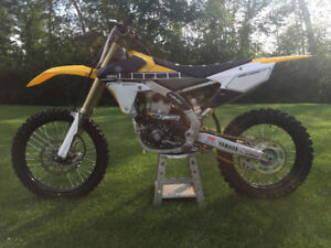 60th Annivesary Edition YZ450