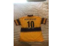 1998 Arsenal away top with Original Bergkamp printed back. Size Large