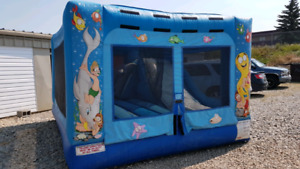 ** COMMERCIAL BOUNCE HOUSE WITH INDOOR SLIDE **