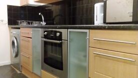 fantastic self contained one bedroom inclusive of bills