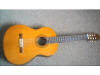 Guitar Yamaha c40 6string guitar