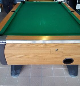 Coin-op Valley 7ft pool table