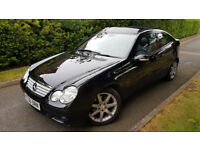 2006 MERCEDES C230 AUTO 2.5 V6 PETROL COUPE,LEATHER,PANORAMIC ROOF,EXCELLENT CONDITION