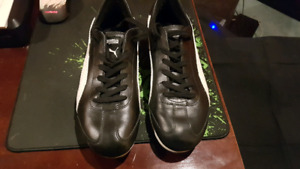 Mens Puma Sneakers - Size 10