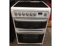 Hotpoint HUE61PS 60cm Electric Oven