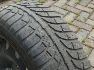 4 pneus d'hiver et jantes - (215/55R17) - 5X114.3