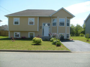 4-BR Executive Split-Entry in Eastern Passage