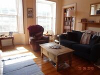 ST STEPHEN STREET - Bright large one bedroom flat located in the heart of popular Stockbridge.