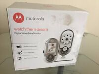 MOTOROLA DIGITAL VIDEO BABY MONITOR IN PRISTINE CONDITION ****LOOK BARGAIN****