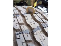 255/65X17 bridgestone dueler h/t 4x4 tyres