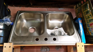 Double stainless sink (new)