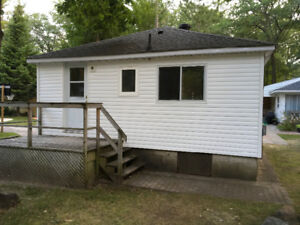 Wasaga Beach Newly Renovated 1 bedroom home for Lease