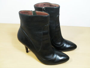 Modern Vintage Women Black Leather Ankle Boots Heels Size 40 EU