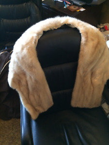 MINK STOLE Cream ( Or for HOBBYIST)