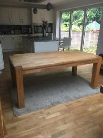 Oak dining table 6 seater