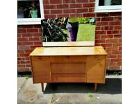 Dressing table with mirror dovetail joints drawers solid wood immaculate can deliver